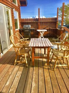 Kachemak Cottage Deck