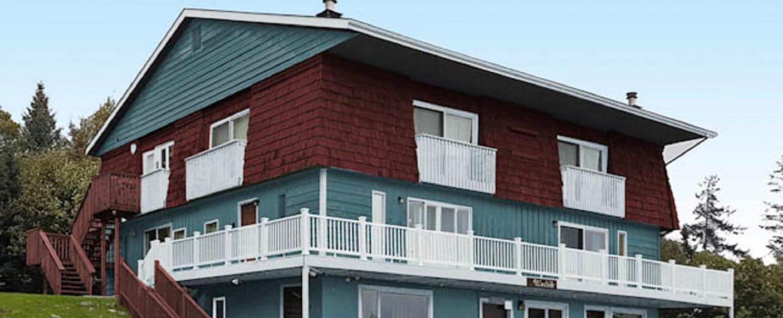 Woodside-Lodge-exterior